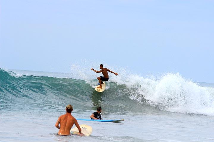 intermidiates surfing class