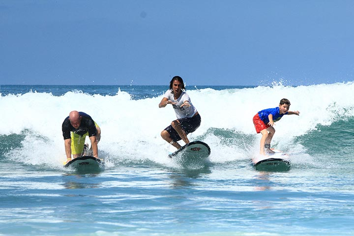 surfing class white waters