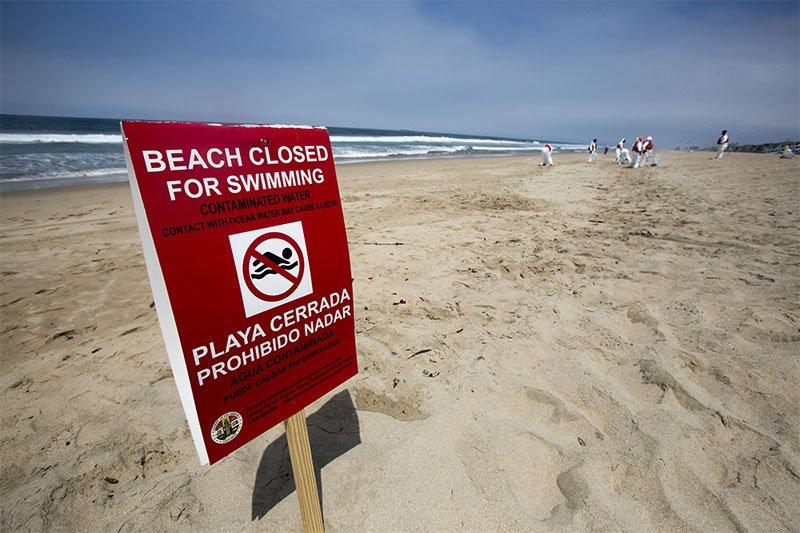 beach closed for contamination